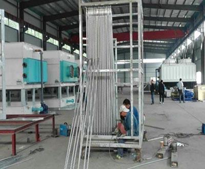 闭式冷却塔生产现场